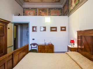 Casa Rovai Double room with private bathroom - Florence vacation rentals