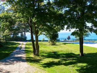 On Lake Michigan near Douglas. Private Beach, Forest and Trails. - Glenn vacation rentals