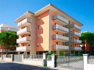Adorable 2 bedroom Apartment in Bibione - Bibione vacation rentals