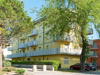 Adorable 2 bedroom Condo in Bibione - Bibione vacation rentals