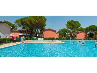 Bright 2 bedroom Apartment in Bibione - Bibione vacation rentals