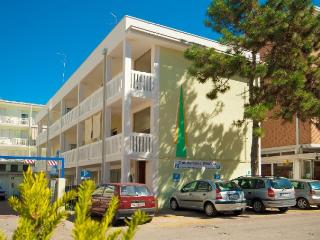 Bright 3 bedroom Apartment in Bibione - Bibione vacation rentals