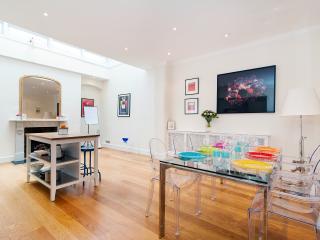 Perfect 2 bedroom Apartment in Rainham - Rainham vacation rentals