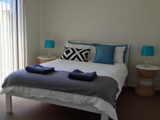 Shearwater at Shoal Bay - Dog Friendly - Cottage 1 - Shoal Bay vacation rentals