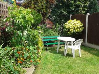 Nice 5 bedroom Bed and Breakfast in Stockport - Stockport vacation rentals