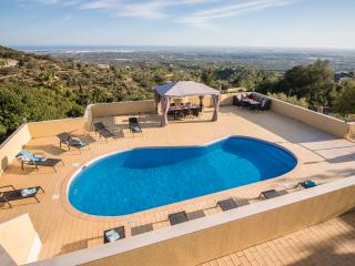 Villa Panoramica - Non-Overlooked Villa With Great Panoramic Views - Santa Barbara de Nexe vacation rentals
