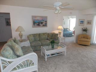 Cozy 2 bedroom Condo in Diamond Beach - Diamond Beach vacation rentals