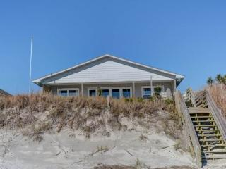 Beautiful 4 bedroom Topsail Beach House with Porch - Topsail Beach vacation rentals