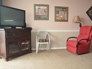SPACIOUS AND BEAUTIFUL 3 BEDROOM CONDO WAITING JUST FOR YOU IN GARDEN CITY SC - Garden City Beach vacation rentals