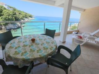 Apartment `Sunset` Beachfront Villa - Bar vacation rentals