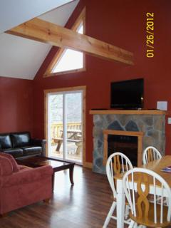 Nice Cabin with Deck and Internet Access - Hocking Hills vacation rentals