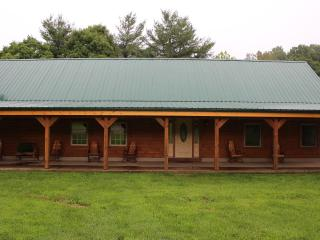 Nice Cabin with Deck and Internet Access - Laurelville vacation rentals