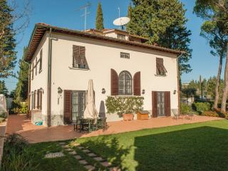 Appartamento in villa con piscina - Lastra a Signa vacation rentals