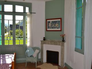 Maison Esmeralda Chambres d'Hotes & Gite 4 - Biert vacation rentals