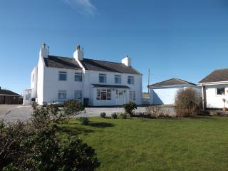 Porth Diana House, seaside house with great views. - Trearddur Bay vacation rentals