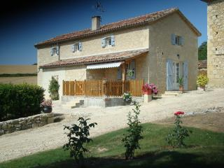 3 bedroom Gite with Internet Access in Lectoure - Lectoure vacation rentals