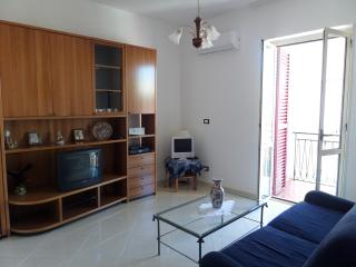 Lovely 2 bedroom Corigliano Calabro Condo with Television - Corigliano Calabro vacation rentals
