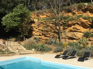 Lovely little 'mazet' in Serviers near Uzes - Serviers-et-Labaume vacation rentals