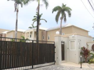 Beautiful 3 bedroom Townhouse in Ocho Rios - Ocho Rios vacation rentals