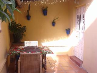 great studio, 3 min beach 7 min historical center - Malaga vacation rentals