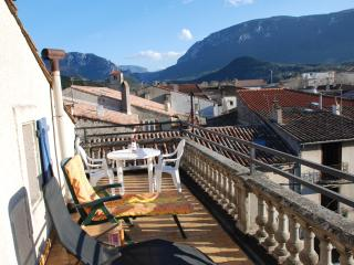 Pyrenees Apartment-Roof Top Terrace, Great Views! - Quillan vacation rentals