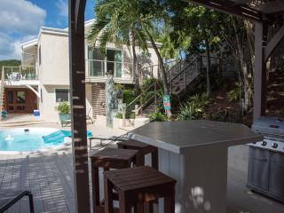 Casa Del Palmas: Perfectly Private on St. John! - Fish Bay vacation rentals