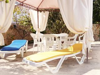 Old Town Albufeira townhouse T2, 2min to the beach - Albufeira vacation rentals