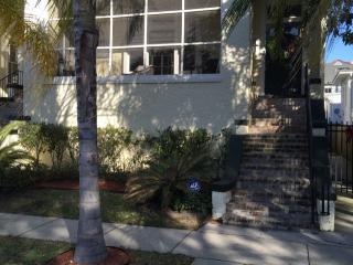 Uptown & Garden District on Streetcar line - New Orleans vacation rentals