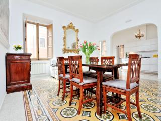 TREASUREROME TREVI 5BR 5BA - Rome vacation rentals