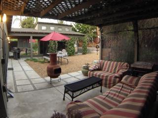La Jolla Summer home 2 bedroom/1 bath pet friendly - La Jolla vacation rentals