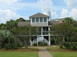 Lovely 4 bedroom Pawleys Island House with A/C - Pawleys Island vacation rentals