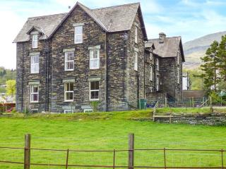 SHEPHERDS VILLA, family friendly, character holiday cottage, with a garden in Coniston, Ref 935173 - Coniston vacation rentals
