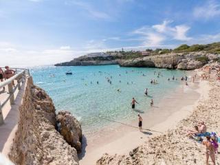 Charming 2 bedroom Condo in Calas de Majorca - Calas de Majorca vacation rentals