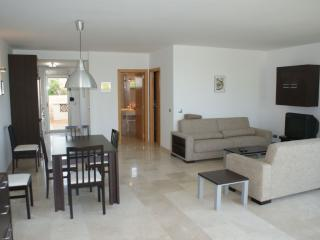 Comfortable 1 bedroom Condo in Colonia Sant Pere - Colonia Sant Pere vacation rentals