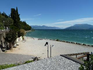 Bright Apartment with Internet Access and Garden in Sirmione - Sirmione vacation rentals