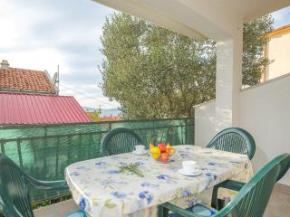TH01953 Apartments Cvita / Two bedroom A2 - Okrug Gornji vacation rentals