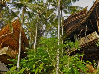 Exotic, Peaceful, Bamboo Paradise on River Gorge - Abiansemal vacation rentals