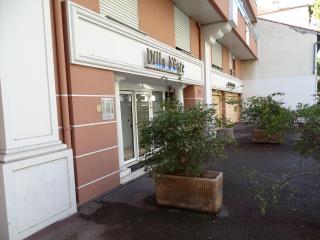 rom - Juan-les-Pins vacation rentals