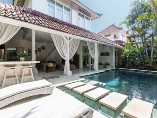 Chic Villa in  Drupadi - Seminyak - Seminyak vacation rentals