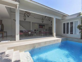 Villa Santai By Bali Villas Rus - Beautiful 2 Bedroom villa in Seminyak - Seminyak vacation rentals