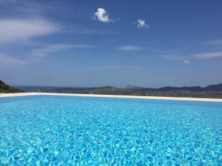 5 bedroom Villa with Internet Access in Olbia - Olbia vacation rentals