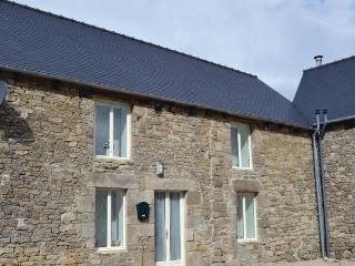 Lovely House with Dishwasher and Short Breaks Allowed - Brusvily vacation rentals