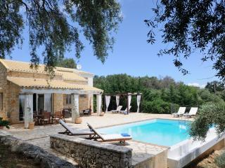 Bright Villa with Internet Access and A/C - Agios Stefanos vacation rentals