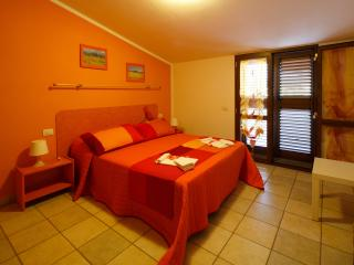 """I PAPAVERI """" Buca d.fateB """" - San Vincenzo vacation rentals"""