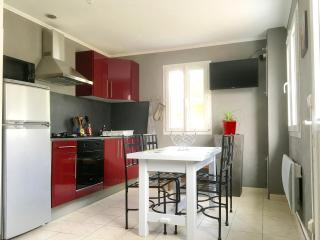 Cozy 2 bedroom Gite in Ronce-les-Bains with Television - Ronce-les-Bains vacation rentals