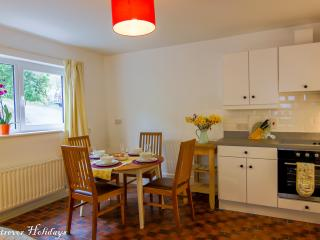 Beautiful Cottage with Internet Access and Television - Rostrevor vacation rentals