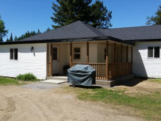 Nick's Retreat - Madawaska, Ontario, Canada - Madawaska vacation rentals