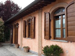 Residenza Zona Franca, Casetta del pittore - Macchie vacation rentals