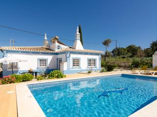 Villa Quinta do Vale V3 with Private Pool - Armação de Pêra vacation rentals