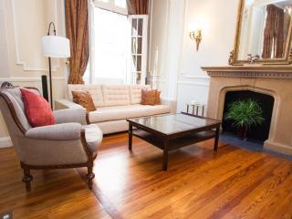 Classic 2 Bedroom Apartment in Recoleta - Buenos Aires vacation rentals